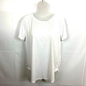 LULULEMON white crew neck workout shirt  Size M